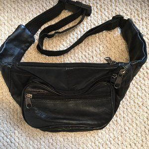 Leather fanny / waist pack with adjustable belt